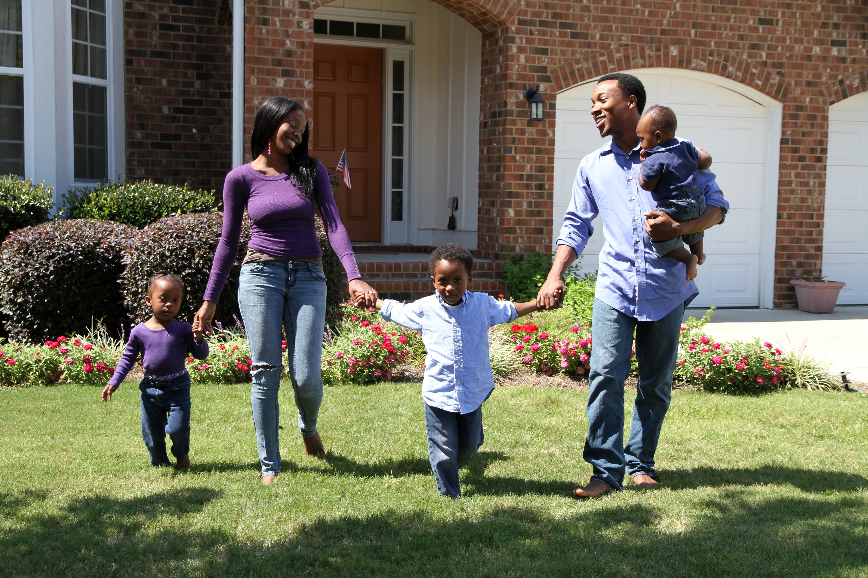 family-with-3-small-children A & A Pest Control | Manchester, CT - Get $25  OFF Seasonal Services